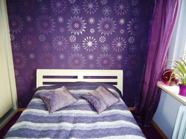 Обои для маленькой спальни фото в интерьере