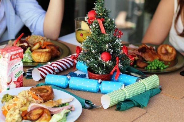 оформление новогоднего стола фото 2