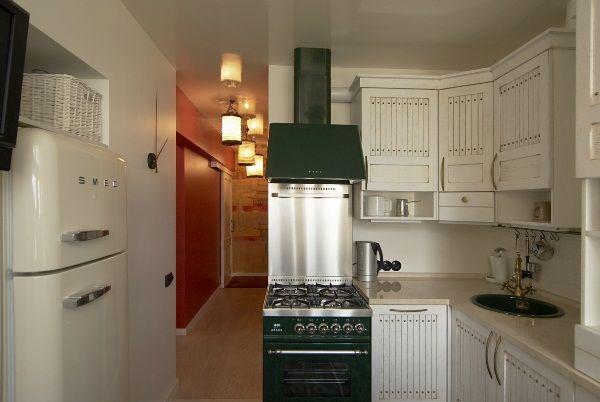 Дизайн кухни 6 метров фото с холодильником