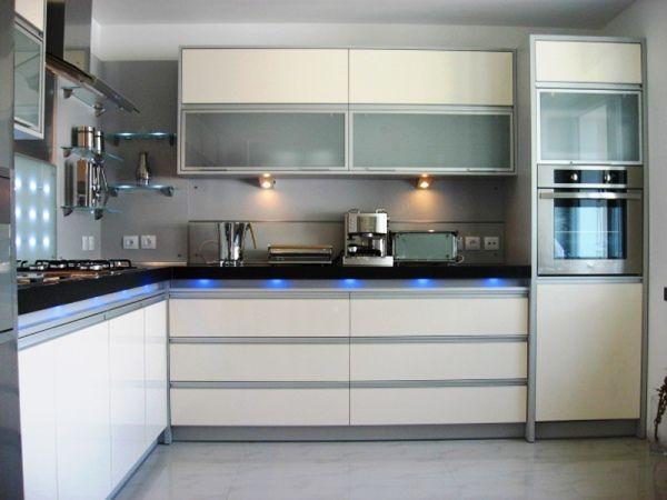 Дизайн интерьера кухни 6 кв. м фото