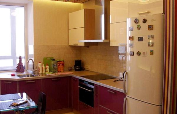 Планировка кухни 6 метров с холодильником фото