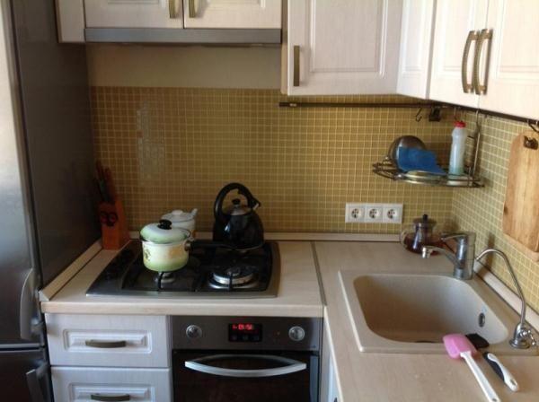 Фото кухни в квартире 6 кв. м