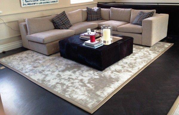 ковры в интерьере гостиной фото 9