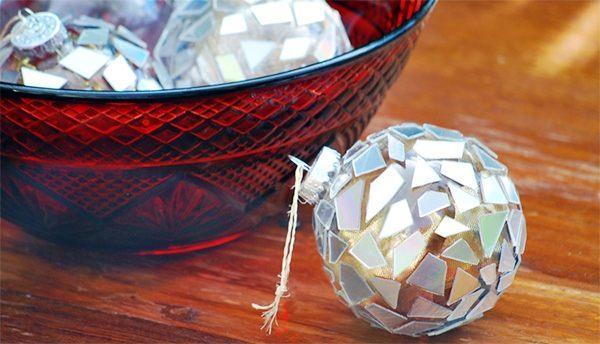 елочное украшение шар из дисков