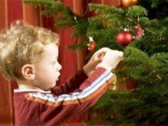 Украшение новогодней елки 2020: фотографии, способы декора, полезные советы