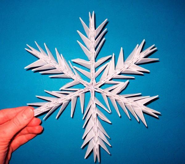 объемная снежинка из бумаги фото 18