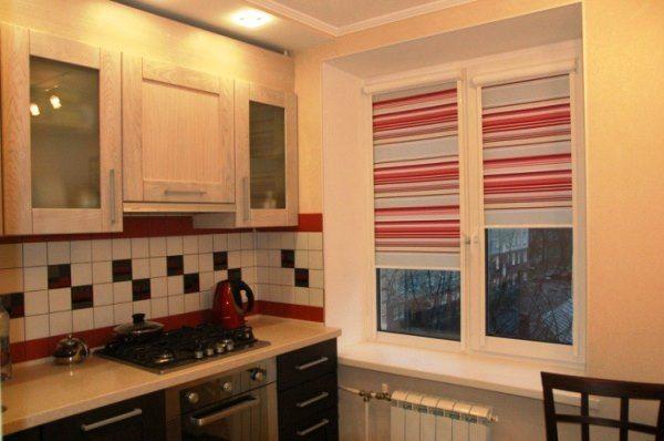 шторы на кухне в интерьере фото 6